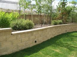 an everlasting block retaining wall