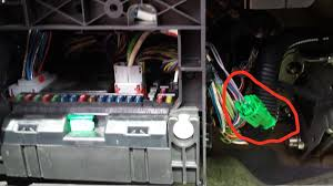 peugeot 307 alarm wiring diagram peugeot image how to retrofit the genuine alarm to the 307 peugeot forums on peugeot 307 alarm wiring