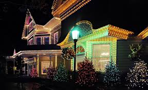 outdoor xmas lighting. 11 Tips For Hanging Your Christmas Lights Outdoor Xmas Lighting G