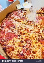 domino s pepperoni pizza box. Simple Pizza Dominos Pepperoni Pizza To Domino S Pepperoni Pizza Box