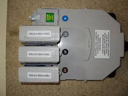 uk power networks what s the difference between a single phase or three phase fuse showing 3 of 3 click to enlarge