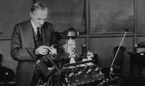 Henry Ford | Biography, Pictures and Facts