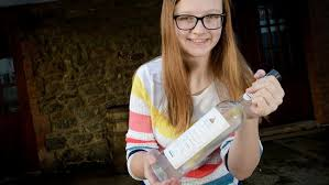 Ireland's First Alcohol-free Northern Gin Creates Teenager