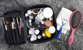 8 best travel makeup bags