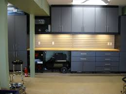 fun new home ideas. use nice workshop cabinets and benches for kitchen in makeshift building home until moved into new home. then becomes a workshop/mancave him. fun ideas