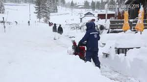 Follow highway 89 south from tahoe city (about 20 miles) or north from south lake tahoe (about the party (originally consisting of nearly 90 emigrants) was en route to california when their wagon train encountered a severe snow storm. See What Lake Tahoe Visitors Woke Up To Over 2 Feet Of Fresh Snow In 24 Hours Youtube