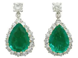 vintage 4 18 ct emerald and 1 45 ct diamond 18 ct yellow gold drop earrings