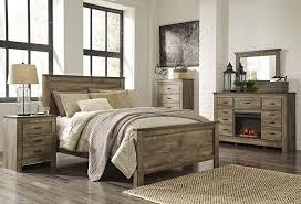 Lovely Rustic Barnwood Bedroom Furniture Rustic Bedroom Comforter Sets