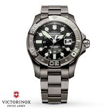 battle of the toughest best watches under 500 tough watches top rated tough analog wrist watch for 500 victorinox 241429