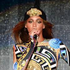 beyonce s tour makeup is a work of