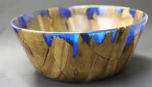 Making wooden bowls Checkered Wood Diy Wood And Resin Bowl Captures The Beauty Of Shimmering Ocean Shore My Modern Met Artisan Demonstrates How To Create Stunning Resin Wood Bowl
