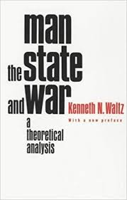 Theoretical co Amazon Analysis And State A 8581000016342 Books Waltz Man uk The War Kenneth