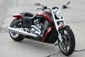liquid cooled 2014 harley davidsons 6 things to know how the 2009 harley davidson v rod has more muscle