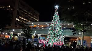 Tree Lighting Jacksonville Getcenturylink Accuses Florida Of Having Less Christmas