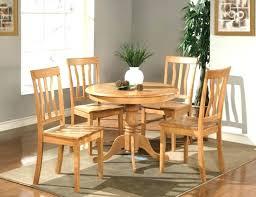 round rug for under kitchen table round kitchen rug round rug under kitchen table extraordinary simple round