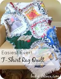 How to Make a T-shirt Rag Quilt (the non-quilter's quilt | Quilt ... & I can't believe I've put off making a t-shirt quilt for so long! This rag  quilt method is really easy to DIY and you don't even have to know how to  quilt! Adamdwight.com