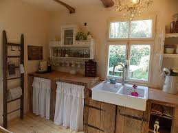 Farmhouse kitchen Landhaus Küche shabby chic altes Holz