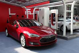 missouri is another in a series of states considering legislation to block tesla from selling directly
