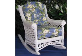 victorian natural wicker lounge chair