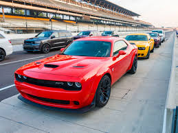 2018 dodge hellcat. wonderful 2018 2018 dodge demon and challenger hellcat widebody first review   kelley blue book on dodge hellcat 3