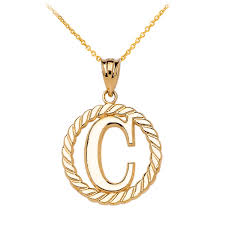 rope circle letter c pendant necklace in 14k gold