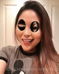 woman gives up teaching to create optical illusions with makeup and it s messing with our minds bored panda