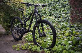 Specialized 650b Evo Stumpjumper Photographed Weighed