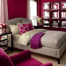 Fuchsia and grey bedroom. I'M IN LOVE! What you think @Blake