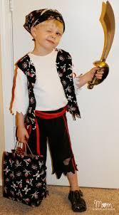 easy diy pirate costume