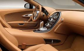 The bugatti veyron was discontinued in late 2014, but special edition models continued to be produced until 2015. Bugatti Veyron Rembrandt Legends Edition Photos And Info News Car And Driver