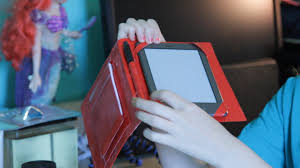 diy tutorial make an inexpensive duct tape case for your kindle ipad galaxy or other tablet you