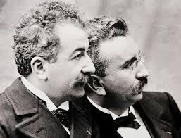 「1894年 - リュミエール兄弟がシネマトグラフの特許を取得。」の画像検索結果