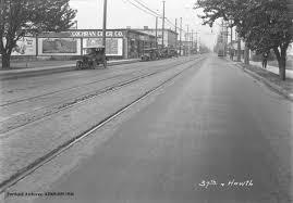 SE Hawthorne Boulevard, 1921 | Vintage Portland