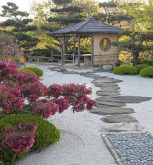 Japanese Garden Landscaping Re Creating A Japanese Garden In Your Own Yard Chicago Tribune