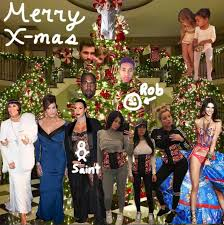The Kardashians Won't Have A Full Family Christmas Card AGAIN For ...