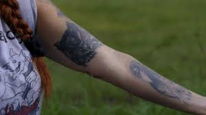 Tattoo Tales Tias Raven And Owl Pit Bulls Parolees
