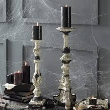 40 Spooky Halloween Table Decorating Ideas For Your Stylish Home_09