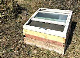 how to build a mini greenhouse for free