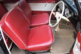volkswagen beetle oval window sedan