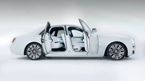 The most popular suv car of rolls royce is cullinan, phantom is popular luxury & ghost is popular. Review Update 2021 Rolls Royce Ghost Summons A Sense Of Occasion