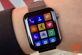 Xiaomi Mi Watch aktualisiert sich mit ...