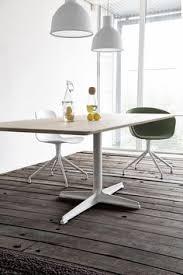 about a chair van hay hier volledig gestoffeerd in het groen canvas maar in dining chairsdining tabledinning tabledining roomdiner