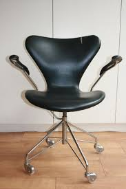 arne jacobsen office chair. Arne Jacobsen Voor Fritz Hansen - 3217 Swivel Office Chair E