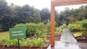 Michelle Obama Kitchen Garden Show Me A Movement Michelle Obamas Surprise Visit To My Garden