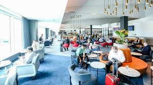 Qantas plans to reopen domestic lounges from December 2
