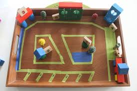 town and car play tray activity