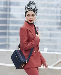Something By Asian Designer 5 Reasons Why We Want The Lofarbag By Neelofa X Sometime