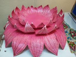 How To Make Big Lotus Flower From Paper Paper Lotus Stuff To Try Paper Lotus Paper Paper Flowers