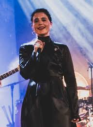 Singer offers her own emotionally charged spin on classic club music. Jessie Ware Discography Wikipedia