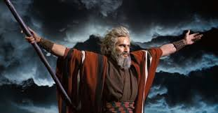 charlton-heston-as-moses-in-